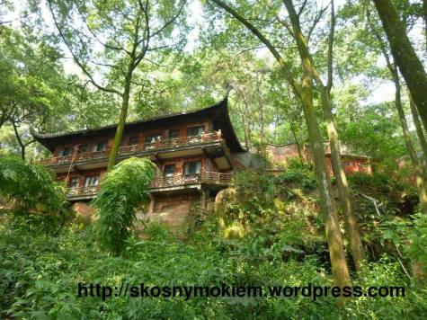 14_乐山大佛景点古老建筑重建_giant_Leshan_Buddha_ancient_buildings_rebuilt_05